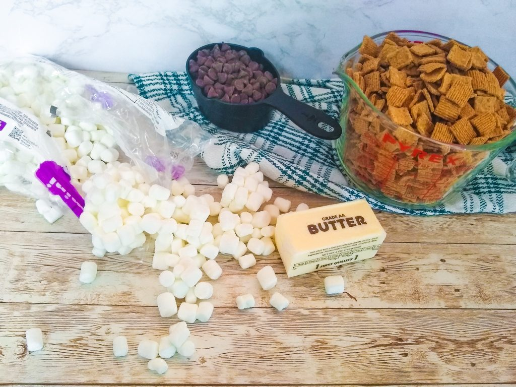 Ingredients for smores bars