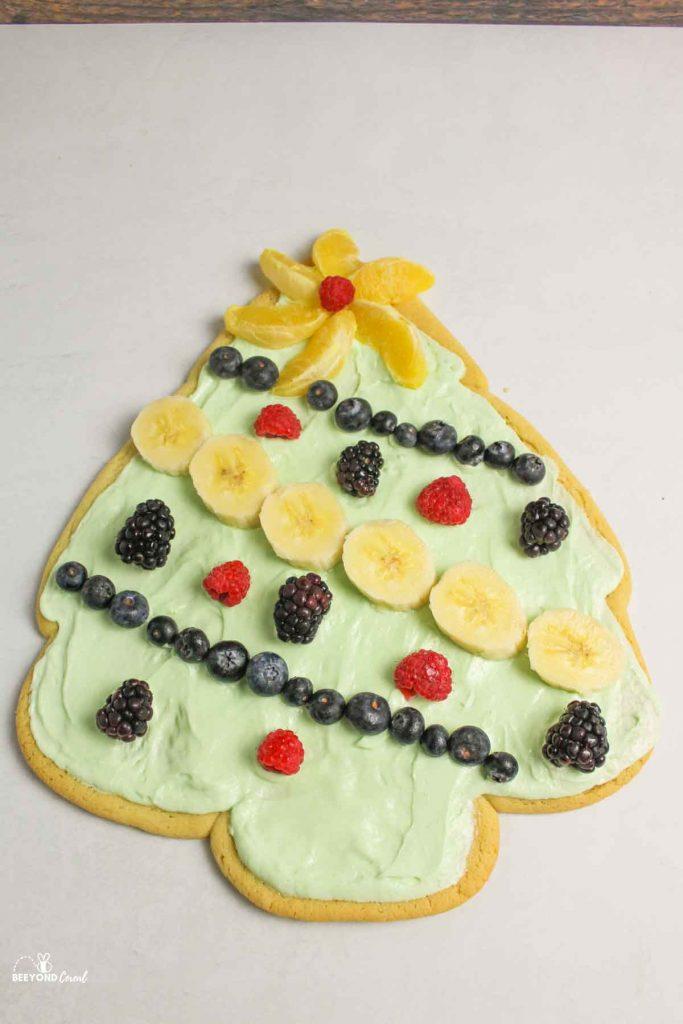 christmas tree fruit pizza