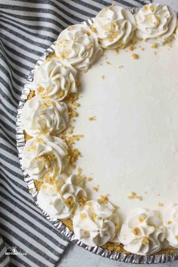 no bake strawberry cheesecake with strawberry glaze on top