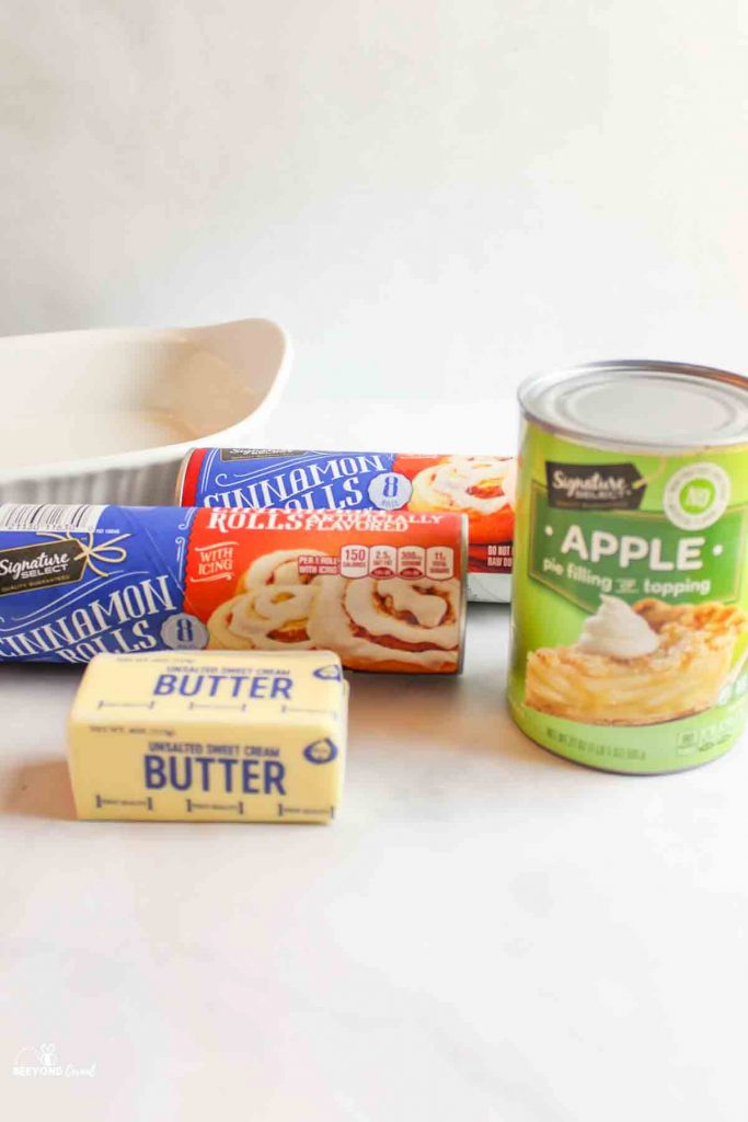 ingredients needed to make cinnamon roll apple cobbler