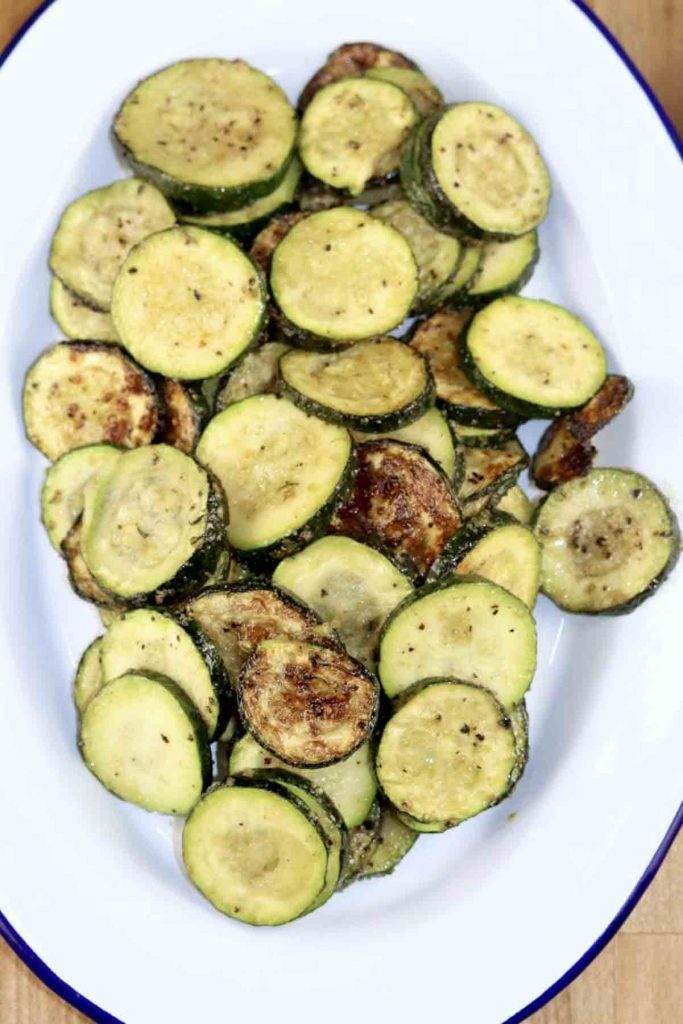 aerial view of a plate full of grilled zucchini slices